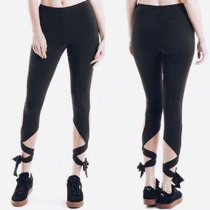 Fashionomics Pants - •• ankle wrap bow leggings 🌚✨