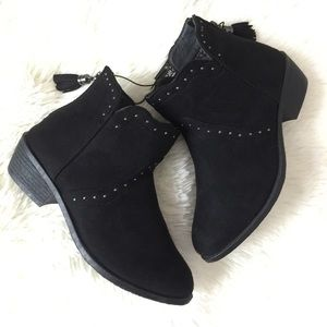 Rue21 Shoes - ❌FIRM PRICE❌ Studded Booties