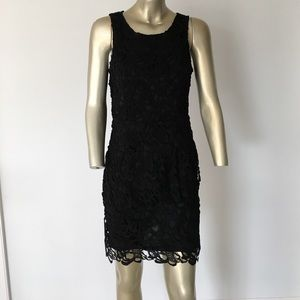 Dresses & Skirts - Lace black dress size M