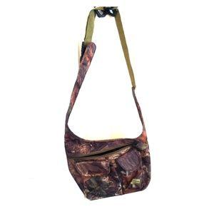 Magnum Handbags - ❤️Cross-body Camo Hiking Purse❤️