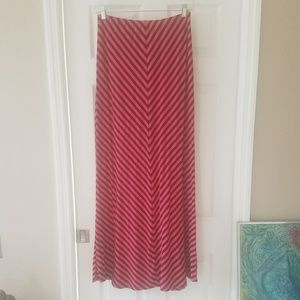 Market and Spruce chevron maxi skirt as L