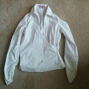 Thomas Pink Tops - Thomas Pink v neck collar ruched dress shirt sz.10
