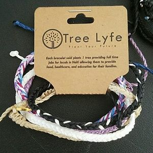Jewelry - Tree life Hati  stacked braclets