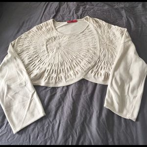 Really cool cropped top - perfect for layering