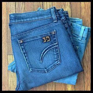Joe's Jeans Denim - Joe's Mid-Rise Bootcut Jeans in Socialite Fit