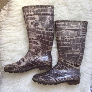 Shoes - Newspaper Print Rain Boots