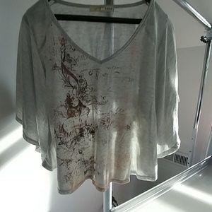 17 Sundays Tops - Rewind Batwing short sleeve shirt. Size med