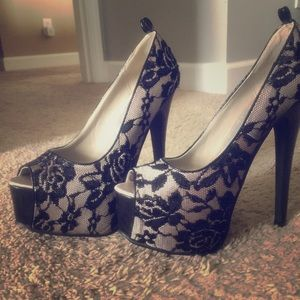 N.Y.L.A. Shoes - Fabulous black lace and nude platform stilettos!