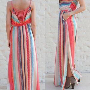 Dresses & Skirts - Kaleidoscope Maxi Dress