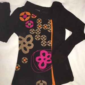 "Long sleeve brown ""Paramita"" tee shirt"
