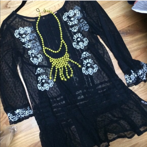 Free People Tops - 🚫SOLD🚫 Free People blouse