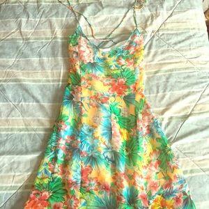 Millau Dresses & Skirts - Millau Floral Print Spaghetti Strap Maxi Dress