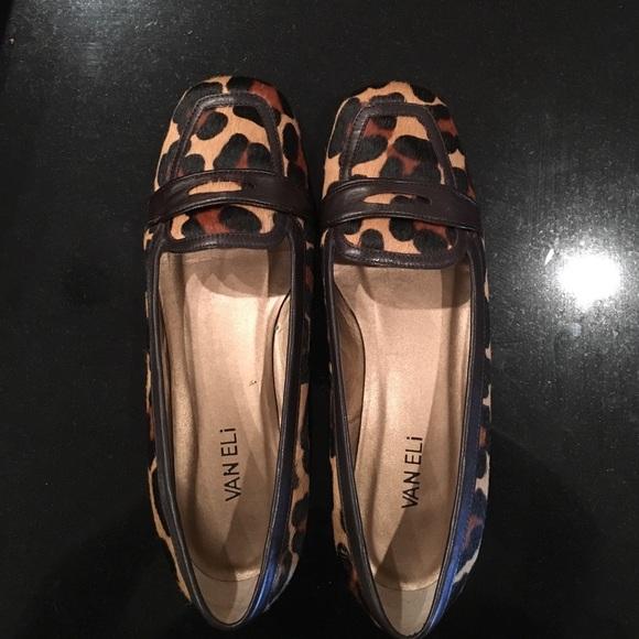 38035c079248 Soft camel jaguar print comfortable Wide Shoe