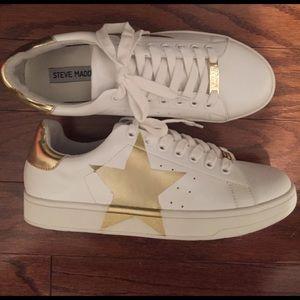 d32096758ae Steve Madden Shoes - Steve Madden Rayner Sneaker Sz 7