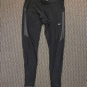 Nike Pants - Nike Dry fit leggings