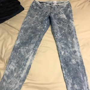 Xhiliration acid wash legging