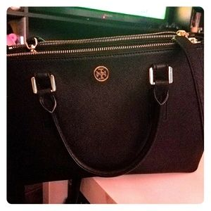 Tory Burch Black Robinson Mini EW Tote