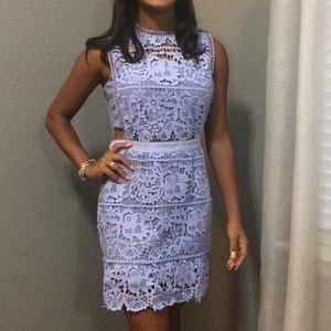 Dresses & Skirts - Lace accent dress