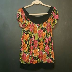 SPRING CLEAR OUT!!!! Floral Tunic