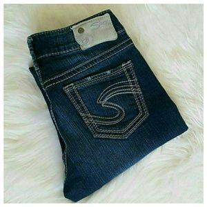 Silver Jeans Denim - Silver Suki Mid Capri Jeans Medium Wash sz 26