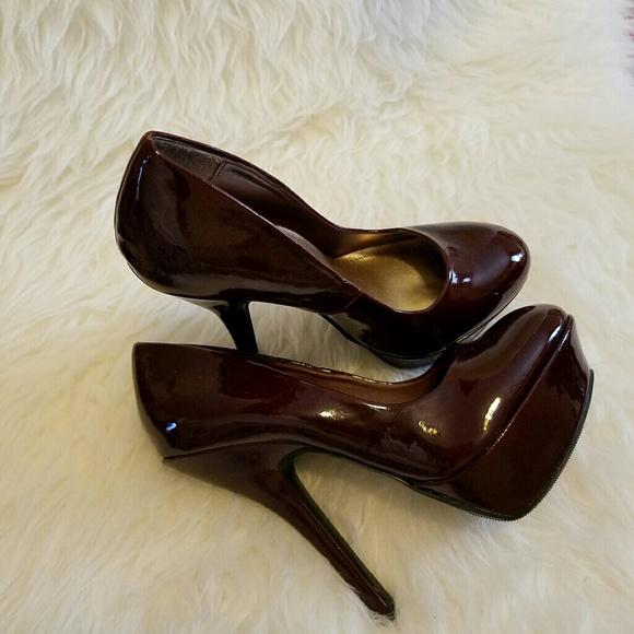 JustFab Shoes - 🎉HP🎉Just Fab Bordeaux Wine Platform Heels