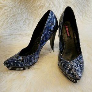37c029c203a 🎉HP🎉Dollhouse Blue Snakeskin Platform Heels