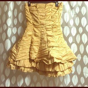 Ariella Dresses & Skirts - Vintage looking Gold Cupcake Dress
