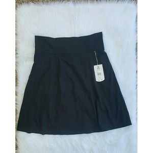Royal Robbins Dresses & Skirts - Royal Robbins Athletic Travel Skirt