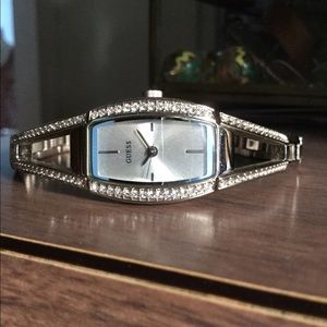 Guess Accessories - Elegant Guess crystal lined silver watch bracelet