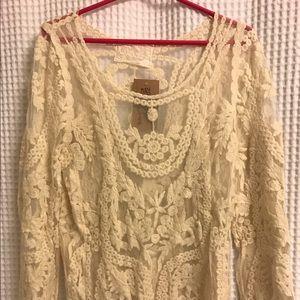 Spool 72 Tops - Spool 72 cream lace shirt