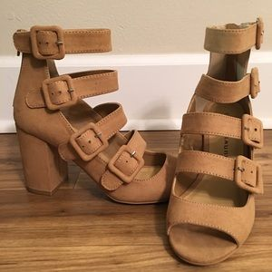 • NWOT Chinese Laundry Tan 5-Ankle Strap Heels •