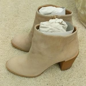 J. Crew Suede Light Tan Ankle Booties Size 7