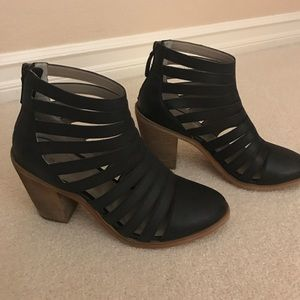 hinge Shoes - Hinge Booties