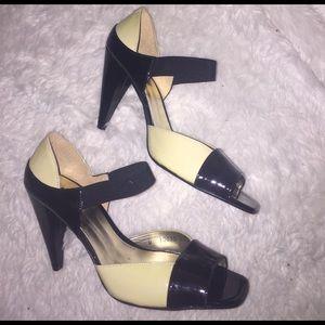ANDREA FENZI Shoes - Black and cream peep toe heels