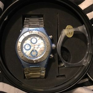 Technomarine Accessories - Authentic Technomarine watch - no battery
