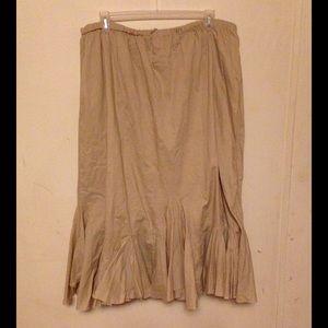 Venezia Dresses & Skirts - NWOT Venezia 26-28 full Skirt