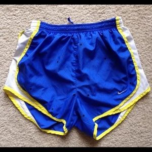 Nike Tempo shorts size M blue yellow