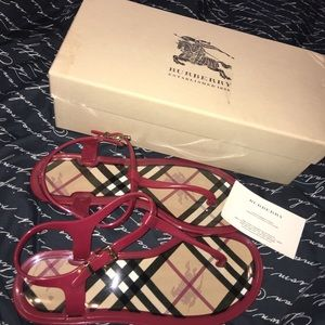 Authentic Burberry Sandals 😍