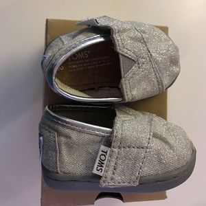 TOMS Shoes - Silver Baby Toms