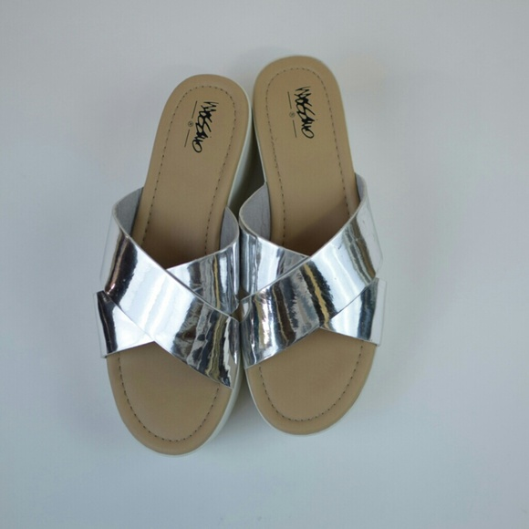 ec98abb5e6df Shoes - Platform slides 90 s style sandals