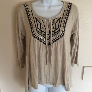 Hollister Tops - NWT Hollister Embellished Flowy Top