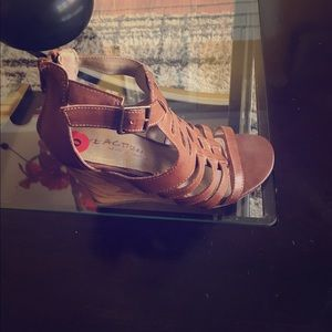 Wedges Kenneth Cole size 6