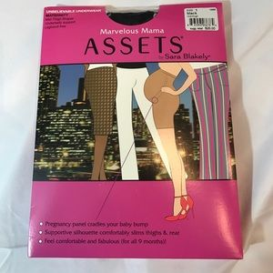 ASSETS by Sara Blakely Other - NWT Marvelous Mama ASSETS Sara Blakely underwear