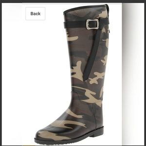 New Dirty Laundry camouflage rain boots