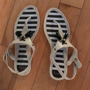 henri bendel Shoes - Henri Bendel jelly sandals