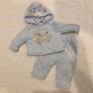 Vitamins Baby Other - 💙 Vitamins Baby (Target) Outfit - Sz 3 Months