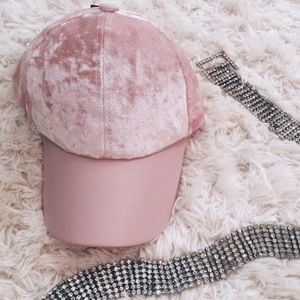 Fashionomics Accessories - crushed velvet baseball cap - pink