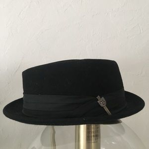 Brixton Other - Silk lined Brixton hat