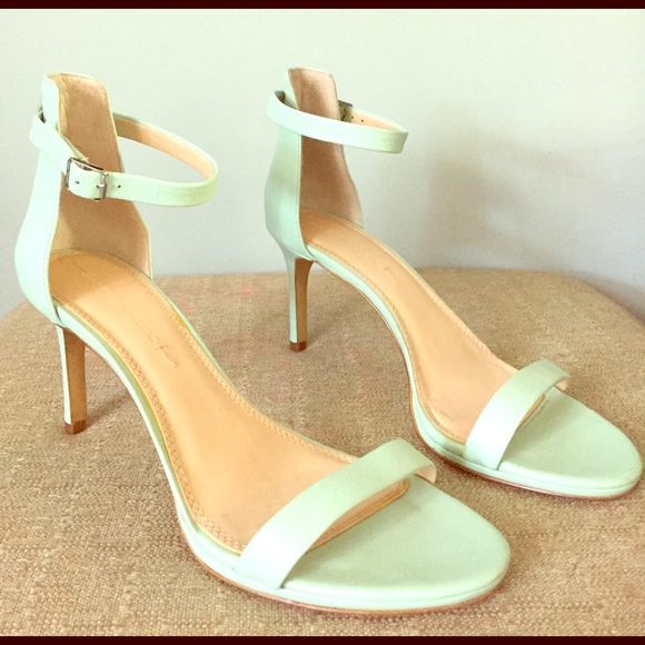 4bccbf9371 Banana Republic Shoes - Banana Republic mint green heels Size 9.5 M