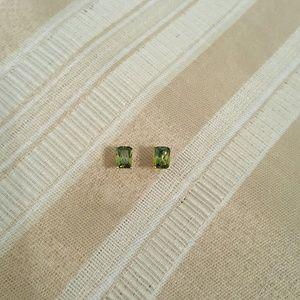 Jewelry - NWOT - Peridot earrings - S925  - 18k GP